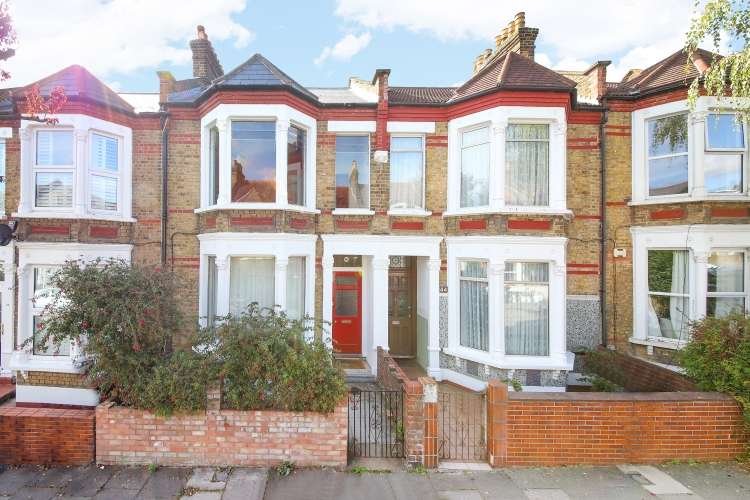 3 Bedrooms Terraced House for sale in Aspinall Road London SE4