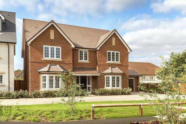 5 Bedrooms Detached House for sale in Sopwith Grange, Greenacres, Duxford, Cambridgeshire