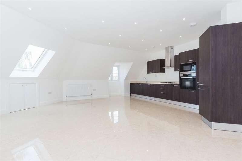 2 Bedrooms Flat for sale in Grand Approach, 2 Bathurst Walk, Richings Park, Buckinghamshire