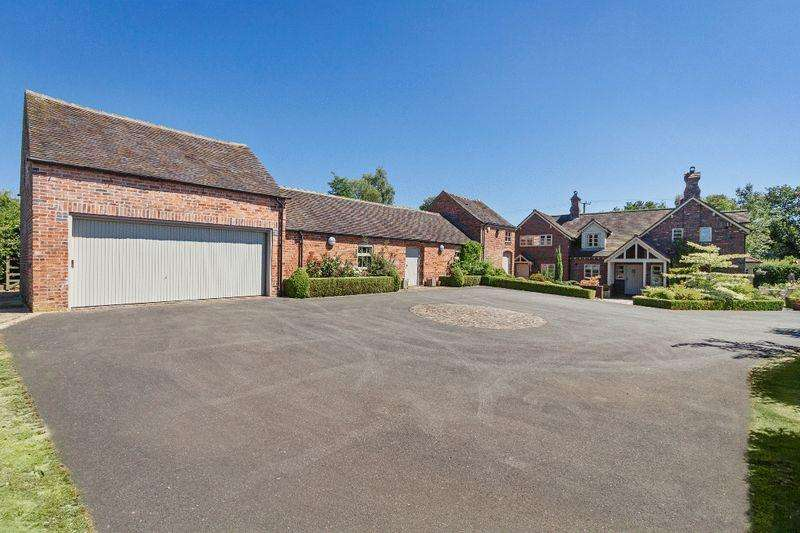 4 Bedrooms Detached House for sale in Off Three Mile Lane, Whitmore