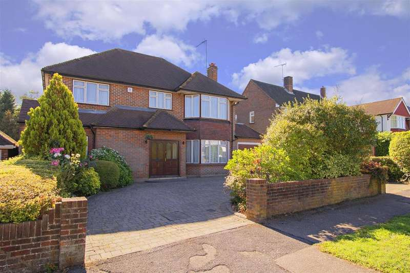 5 Bedrooms Detached House for sale in The Rise, Elstree, Borehamwood