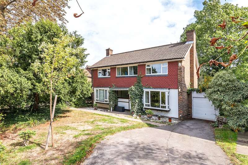 4 Bedrooms Detached House for sale in Alleyn Park, London, SE21