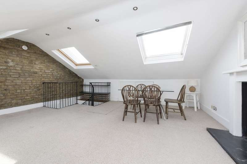 2 Bedrooms Flat for sale in Battersea Rise, Battersea, London