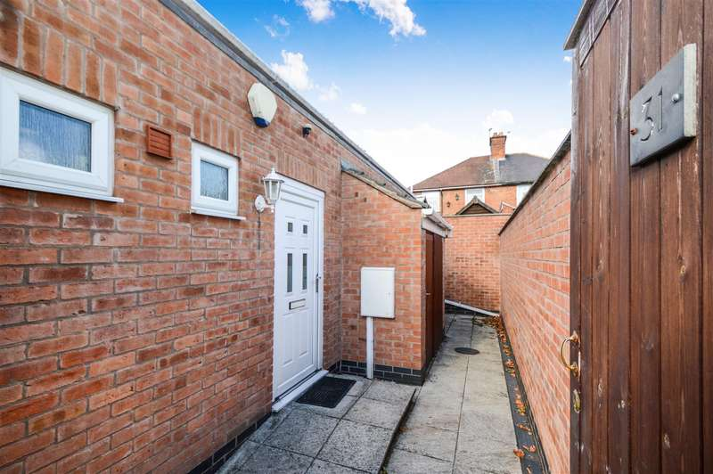 2 Bedrooms Semi Detached House for sale in Thomas Street, Loughborough