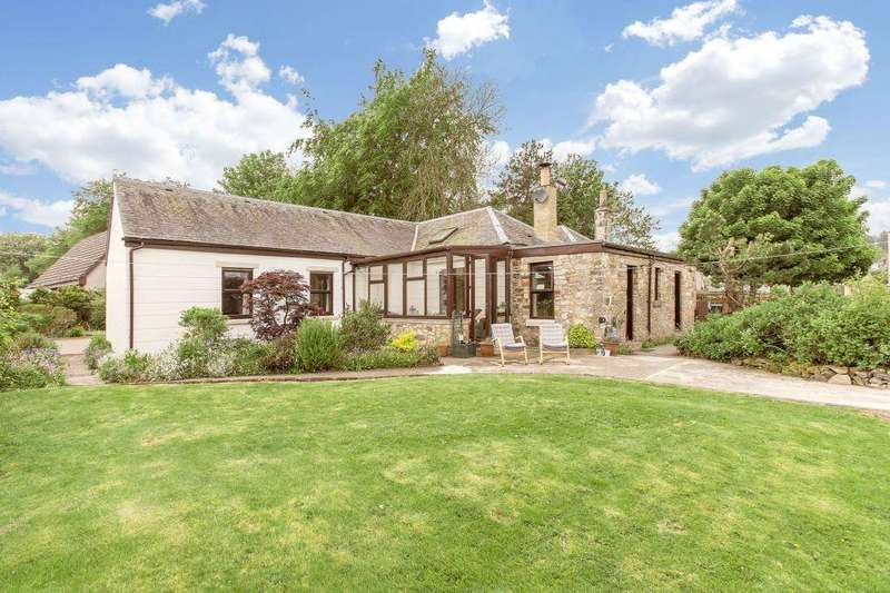 4 Bedrooms Cottage House for sale in Croft Cottage, 29 Broomlee Crescent, West Linton, EH46 7EH