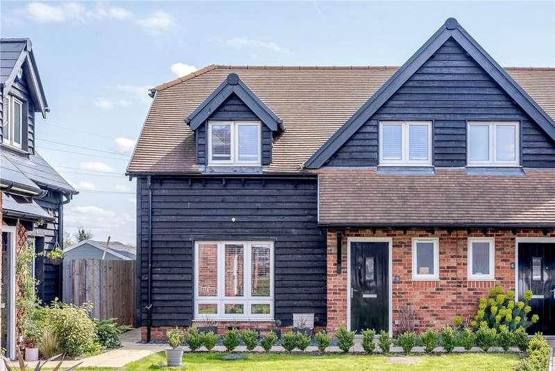 3 Bedrooms House for sale in Rainsford Farm Mews, Thatcham, Berkshire, RG19
