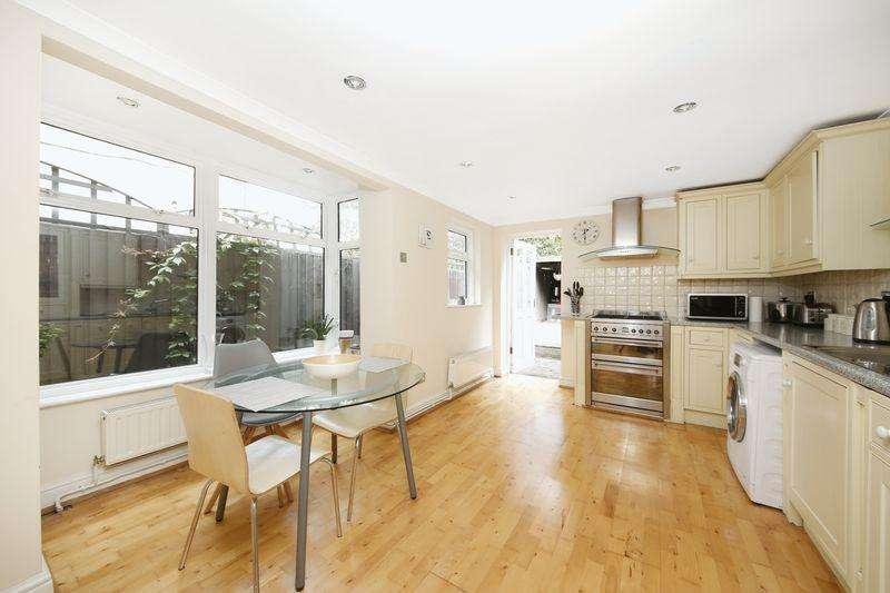3 Bedrooms Terraced House for sale in Charlton Church Lane, Charlton