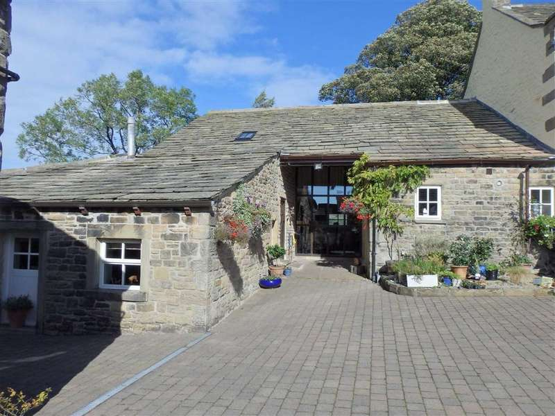 4 Bedrooms Barn Conversion Character Property for sale in Red Lane, Colne, Lancashire