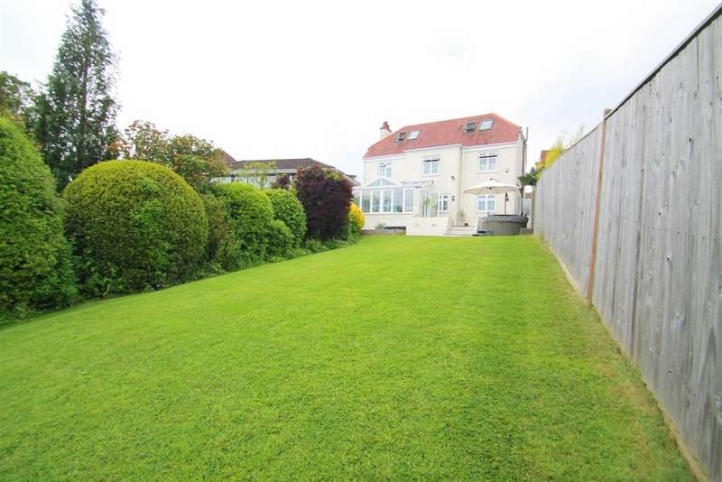 5 Bedrooms Detached House for sale in Goring Road, Steyning