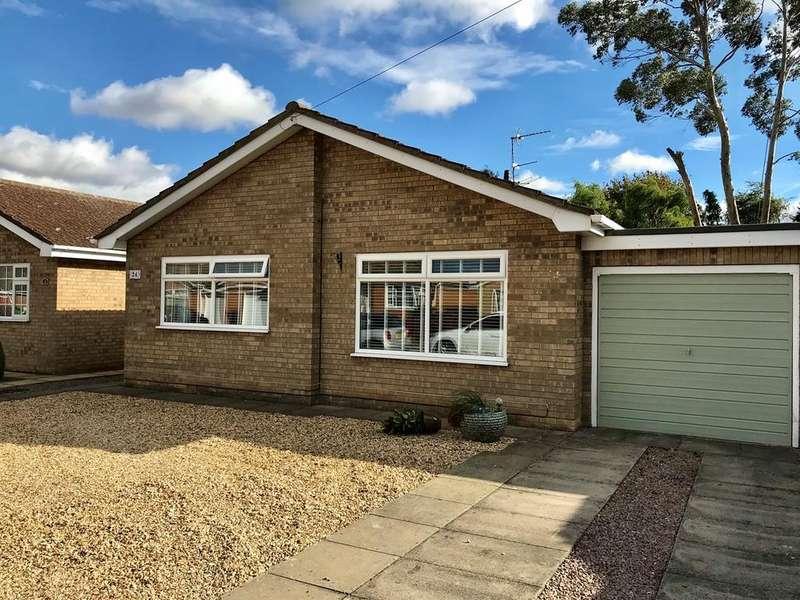 2 Bedrooms Bungalow for sale in Mountbatten Avenue, Pinchbeck, PE11