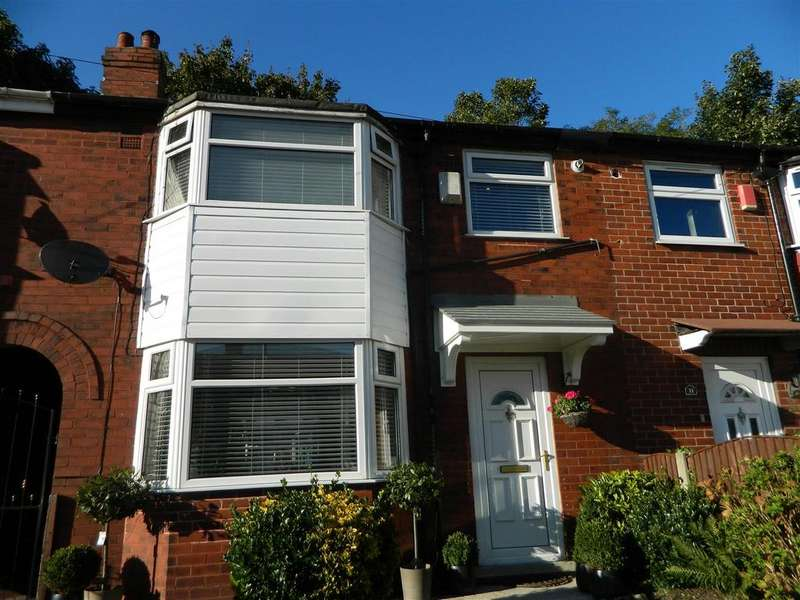 3 Bedrooms Semi Detached House for sale in Elsdon Drive, Manchester