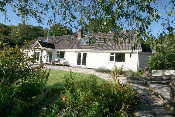 4 Bedrooms Detached Bungalow for sale in Bampton
