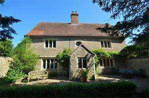 6 Bedrooms House for sale in New Street, Sturminster Newton, DT10 1NP