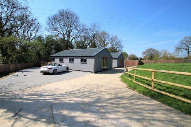 2 Bedrooms Bungalow for sale in Polo Cottages, Little Hadham SG11