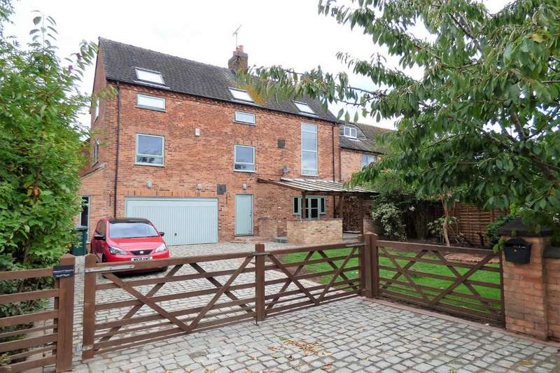 4 Bedrooms Barn Conversion Character Property for sale in Leathersley Lane, Scropton