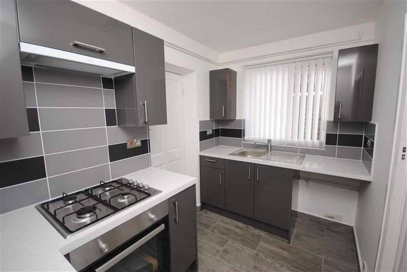 3 Bedrooms Semi Detached House for sale in East Street, Leighton Buzzard