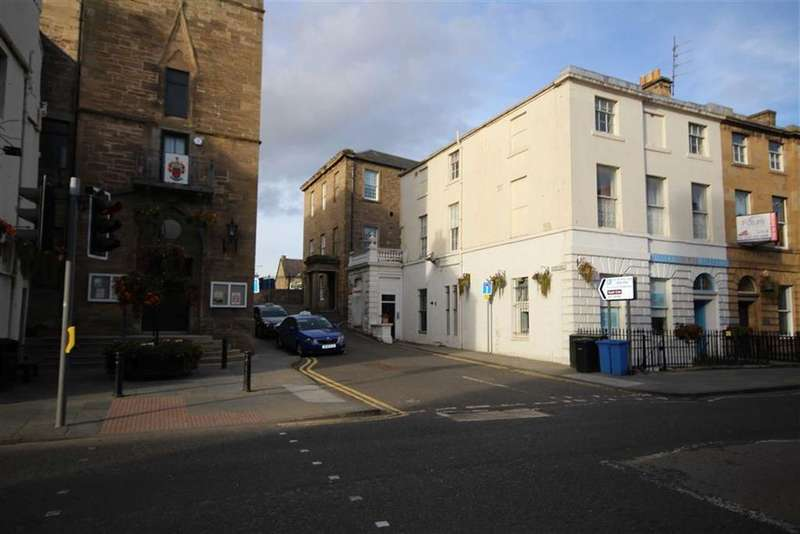 3 Bedrooms Flat for sale in 10C, St Catherines Street, Cupar, Fife, KY15