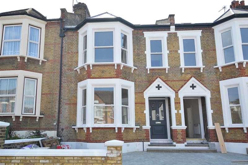 5 Bedrooms House for sale in Heathwood Gardens, London