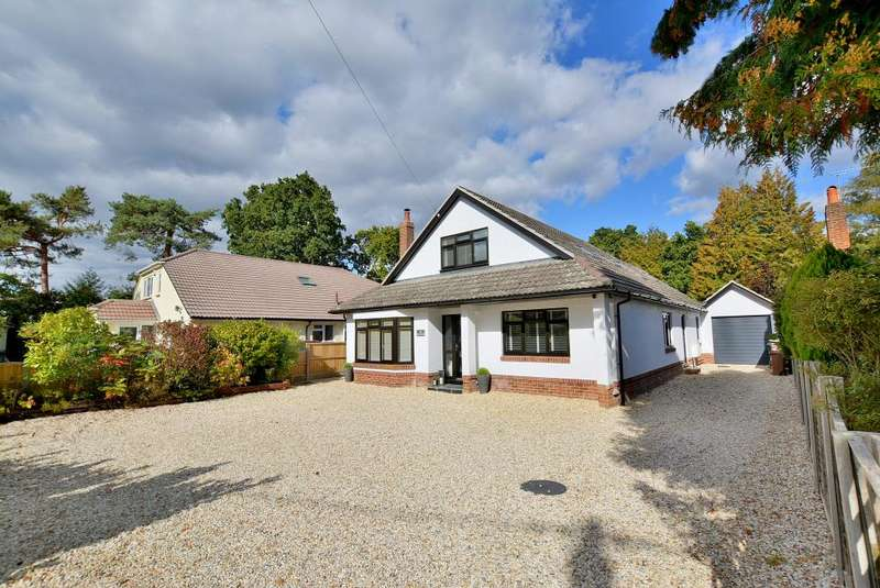 4 Bedrooms Detached House for sale in Dudsbury Crescent, Ferndown