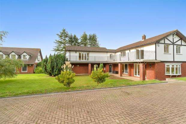 6 Bedrooms Detached House for sale in Landulph, Cornwall