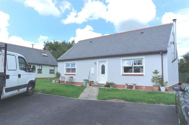 4 Bedrooms Detached Bungalow for sale in Lamborough Crescent, Clarbeston Road, Pembrokeshire