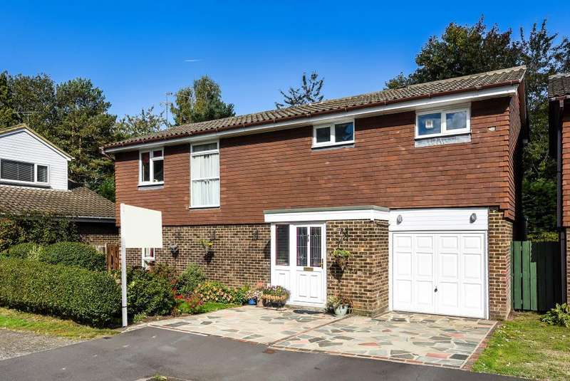 4 Bedrooms Detached House for sale in Roman Hill, Bracknell, RG12
