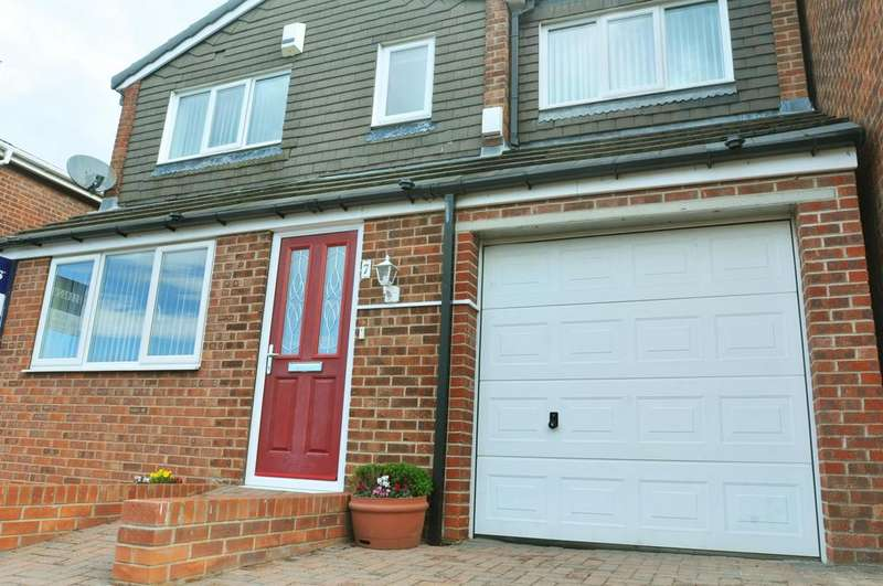 4 Bedrooms Detached House for sale in Taunton Gardens, Mexborough, S64 0QS