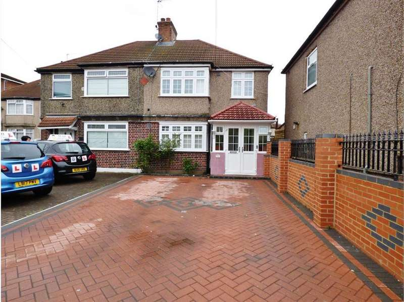 4 Bedrooms Semi Detached House for sale in Beavers Lane, TW4