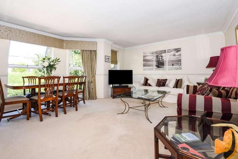 2 Bedrooms Flat for sale in Old Windsor, Berkshire, SL4