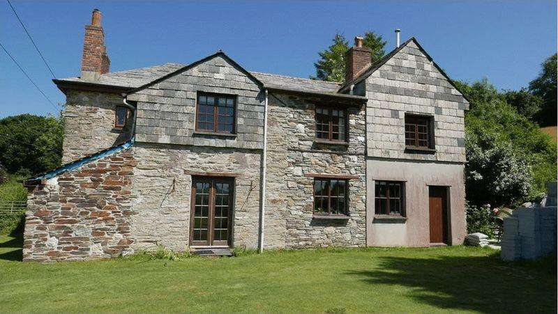 4 Bedrooms Farm House Character Property for sale in Downend, Lostwithiel