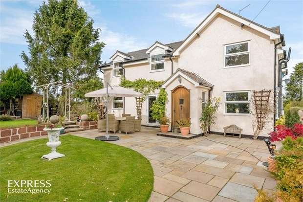 4 Bedrooms Detached House for sale in Ash Road, Broughall, Whitchurch, Shropshire