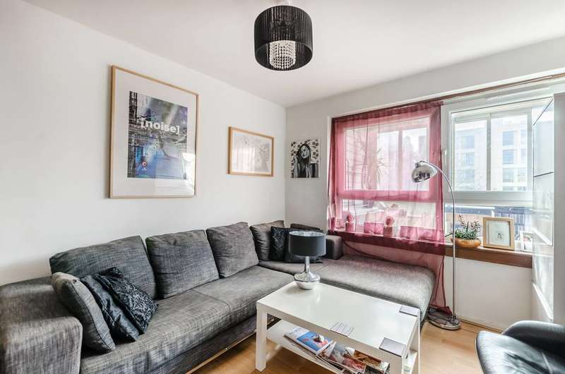 3 Bedrooms Flat for sale in Brownswood Road, Finsbury Park, N4