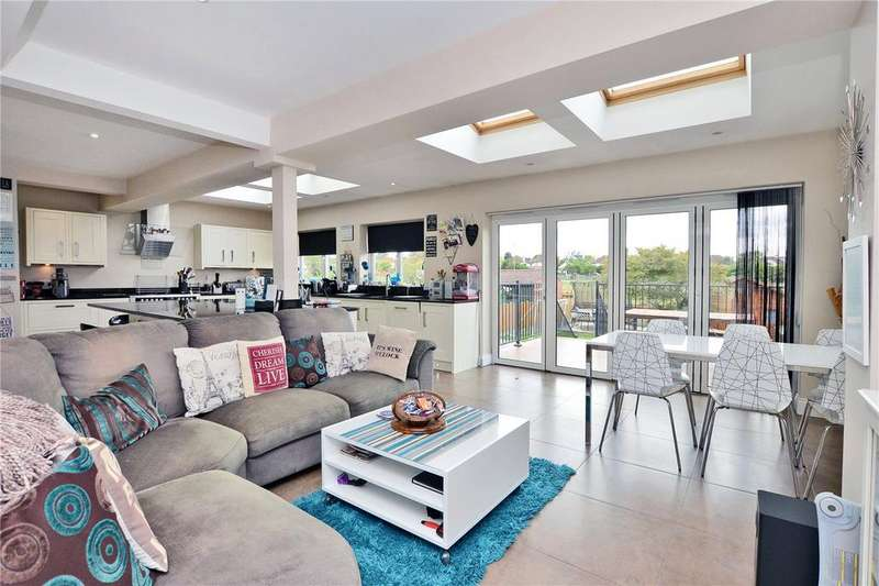 4 Bedrooms Detached House for sale in Harefield Avenue, Cheam, Sutton, SM2