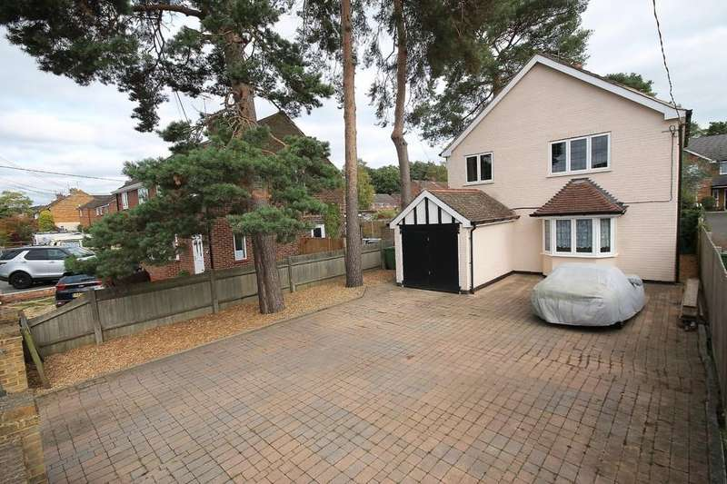 3 Bedrooms Detached House for sale in College Road, College Town