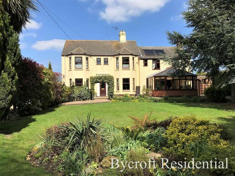 5 Bedrooms Detached House for sale in North Road, Hemsby, Great Yarmouth