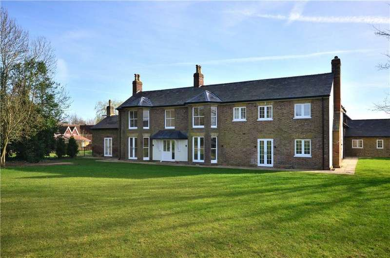 4 Bedrooms Detached House for sale in Great Green Street Farm, Green Street, Rickmansworth, Buckinghamshire, WD3