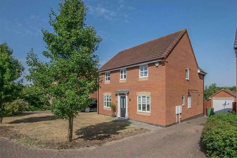 4 Bedrooms Detached House for sale in Chestnut Grove, Hoddesdon