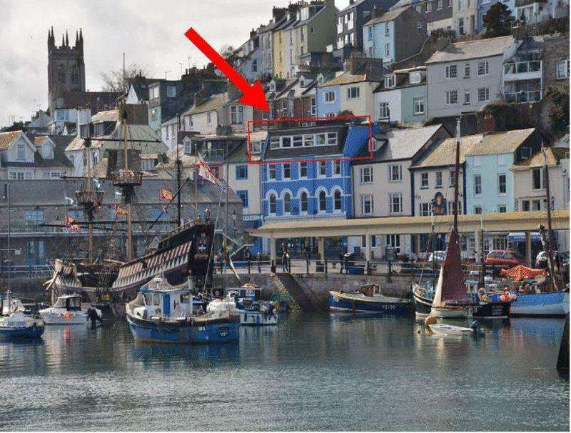 2 Bedrooms Apartment Flat for sale in HIGHER STREET, BRIXHAM