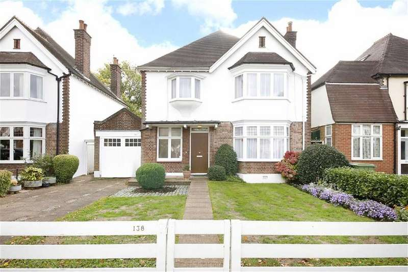 4 Bedrooms Semi Detached House for sale in Court Lane, London
