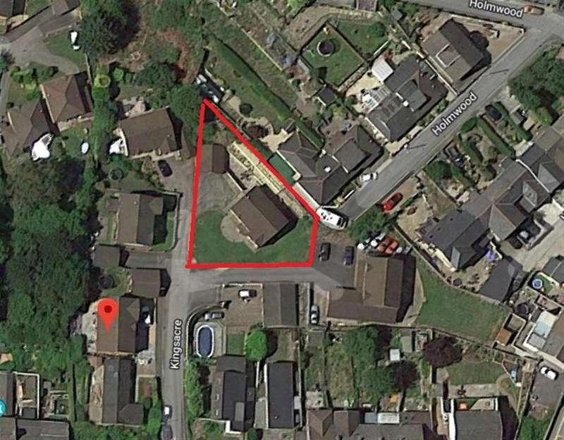 5 Bedrooms Detached House for sale in Kingsacre, Llantwit Fardre, PONTYPRIDD