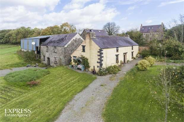 2 Bedrooms Cottage House for sale in Clarbeston Road, Pembrokeshire, Pembrokeshire