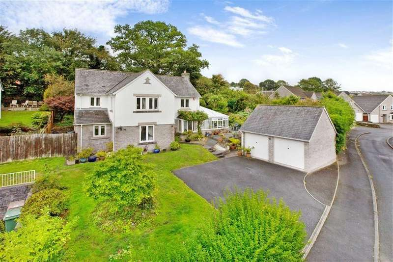 5 Bedrooms Detached House for sale in Cheshire Drive, Plymouth, Devon, PL6