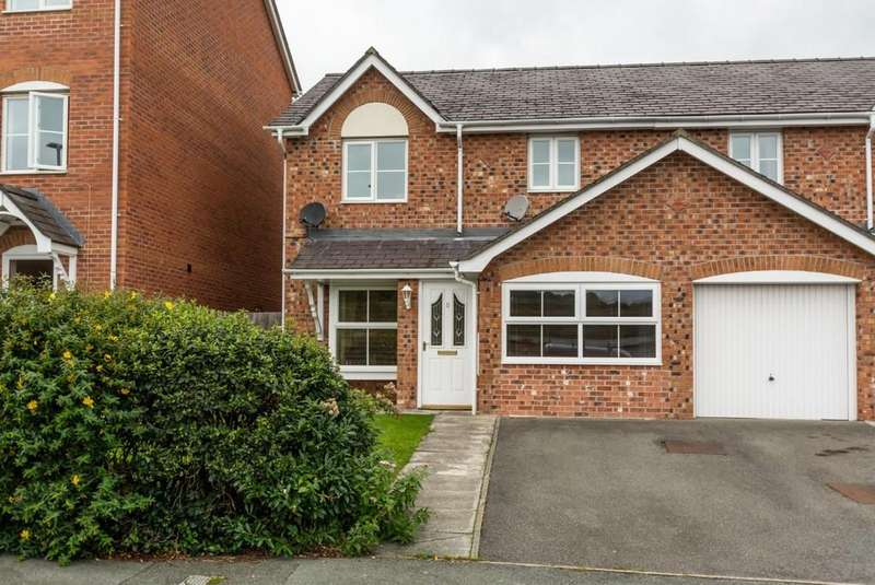 3 Bedrooms Semi Detached House for sale in Maes Berea, Bangor, North Wales