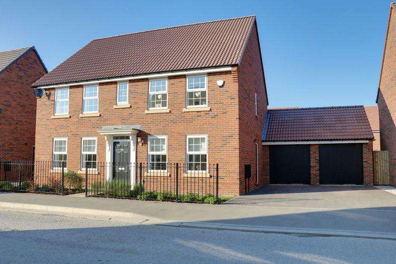 4 Bedrooms Detached House for sale in Lawrance Avenue, Anlaby