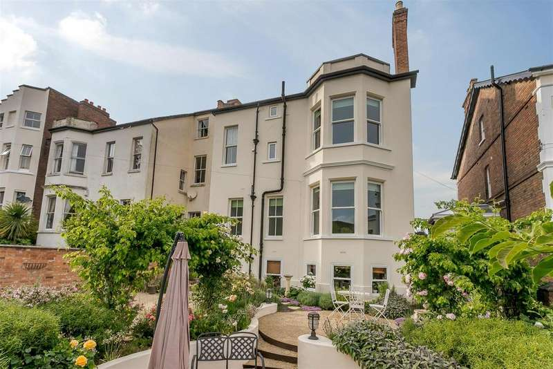 7 Bedrooms Semi Detached House for sale in Church Hill, Leamington Spa, Warwickshire