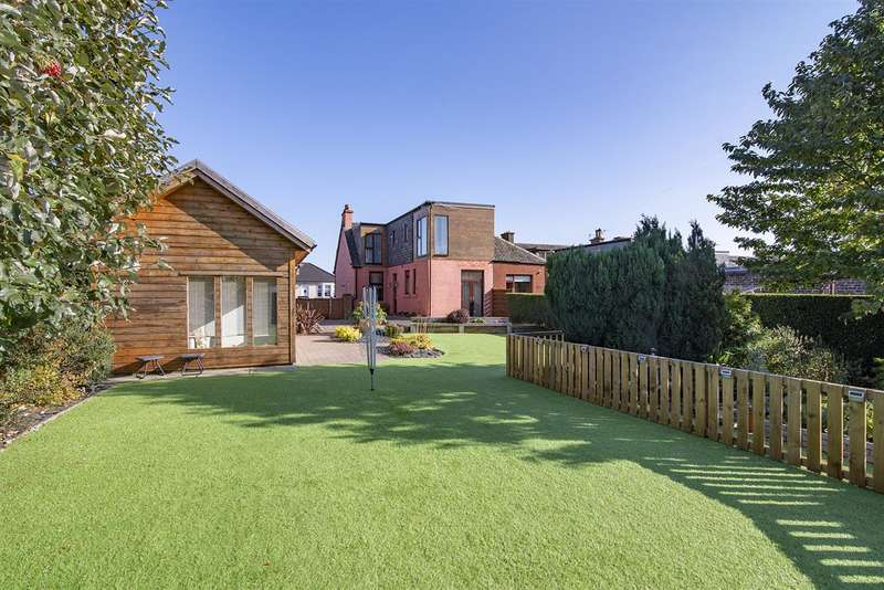 4 Bedrooms Semi Detached House for sale in Tryst Road, Stenhousemuir