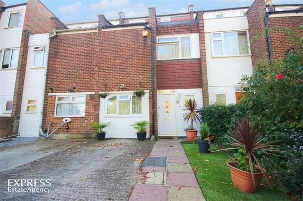 3 Bedrooms Terraced House for sale in Catling Close, London