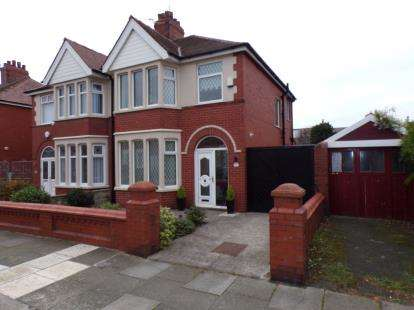 3 Bedrooms Semi Detached House for sale in Hodgson Road, Blackpool, Lancashire, FY1