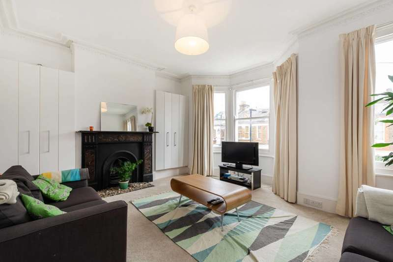 3 Bedrooms Flat for sale in Hubert Grove, Clapham North, SW9