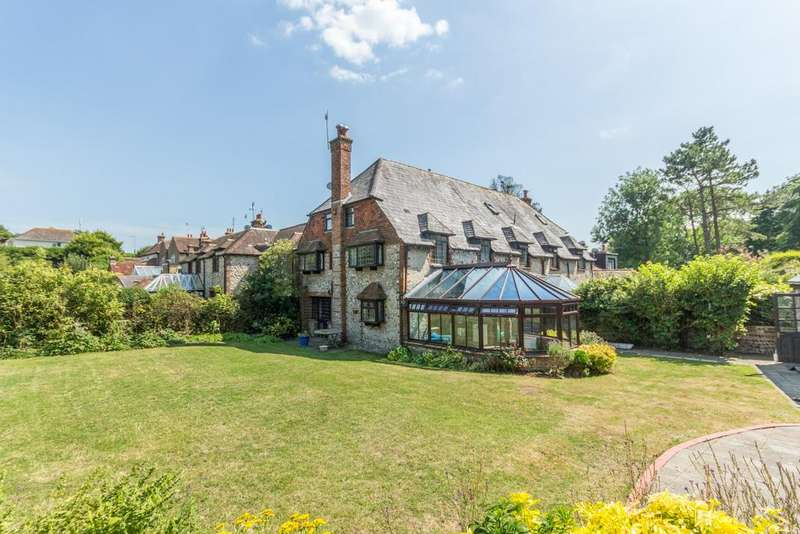 5 Bedrooms Barn Conversion Character Property for rent in Meadow Vale, Ovingdean Road, Ovingdean BN2